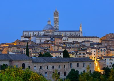 Aufgetürmtes Siena
